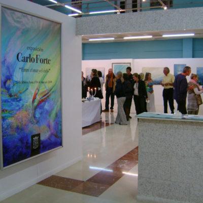 2) Exposición Entre el mar y el cielo