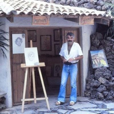 a) La Cabaña del Arte b